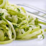 zucchini spaghetti with lemon dressing
